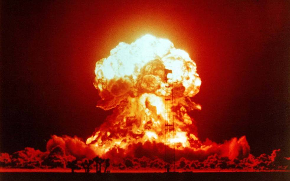 f19bb-bomb-explosion-nuclear-explosions-wallpaper